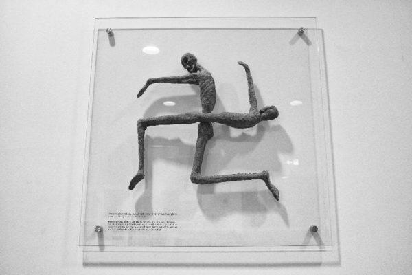 Art memorializing the prisoners of Dachau.
