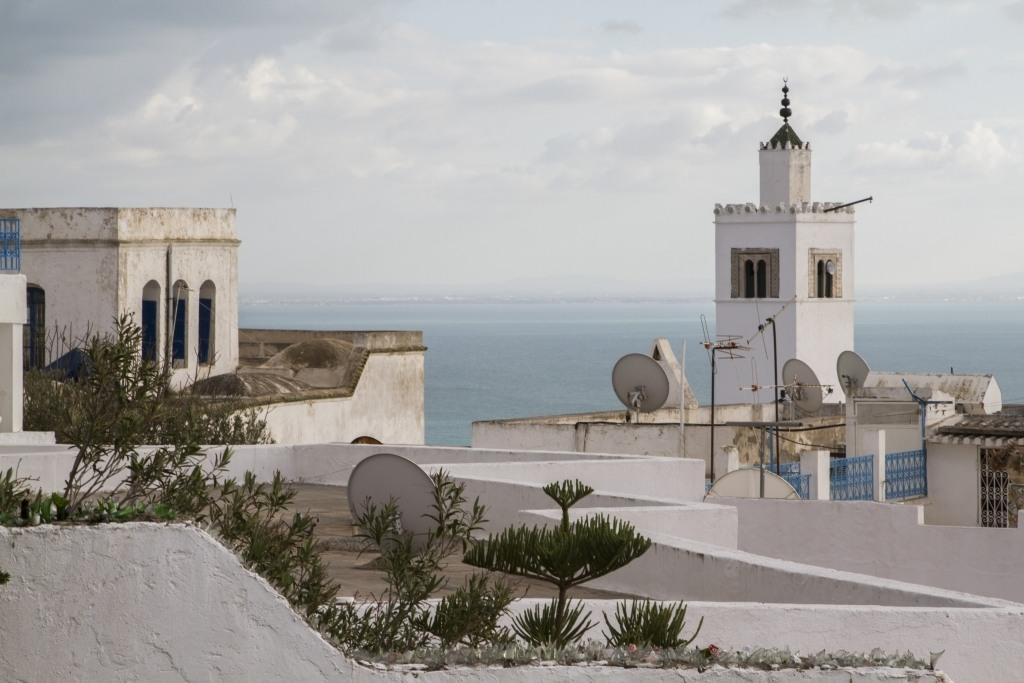White Roofs Tunisia