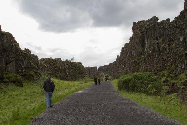 The walking path in Thingvellir National Park.