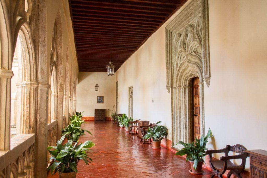 Monastery Santa Maria Guadalupe's outdoor hallway was quiet and peaceful.