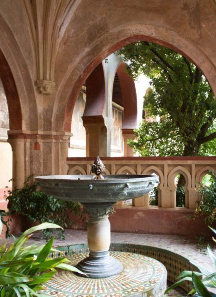 A peaceful fountain at the Santa Maria Monastery.