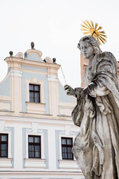 Angel sculpture in Telc.