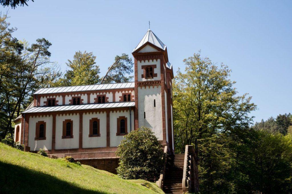 A small church at Mespelbrunn.