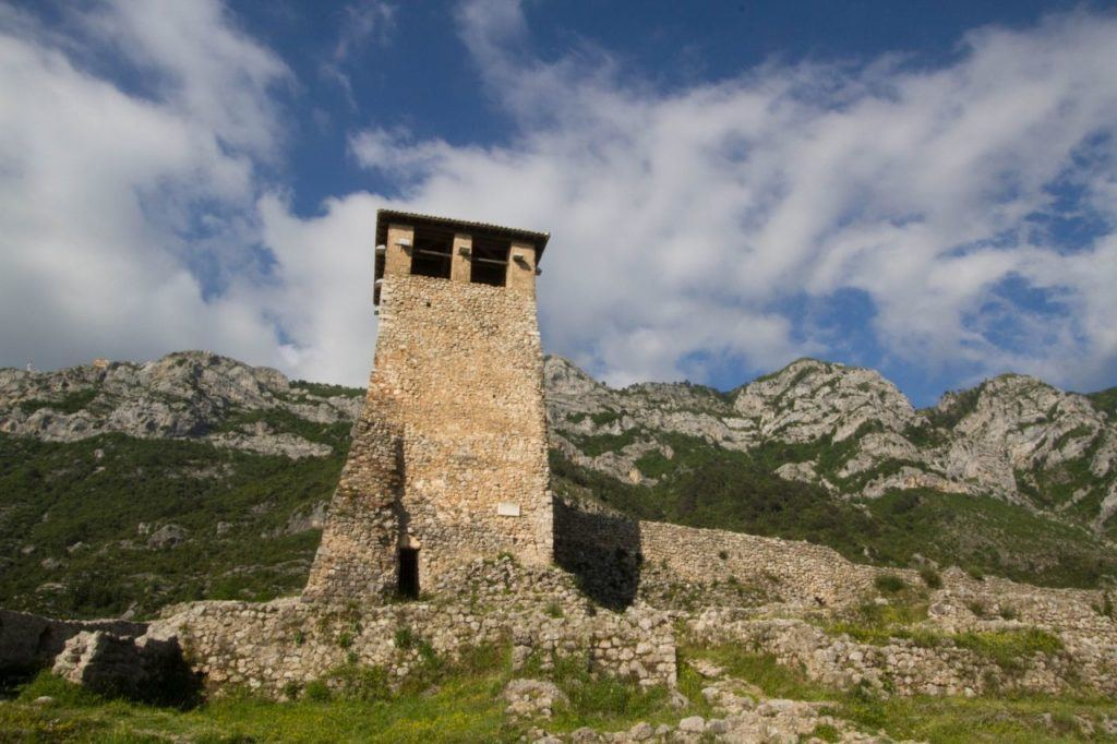 Kruje Castle stands high on the mountain.