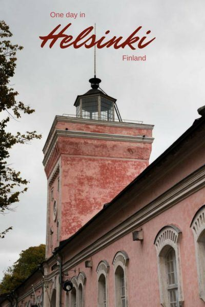 Suomelinna, the UNESCO fortress, is only a short ferry ride from Helsinki and only one of the many things to do in a day trip. Click here to find out all the things to add to your itinerary. #Helsinki #Finland #ferry #daytrip #worldheritage #citybreak #Europe #beauty #solo #fun #museum #cafe