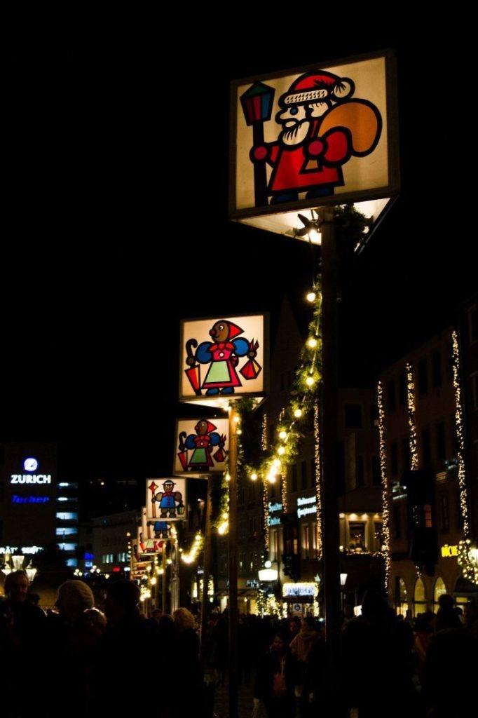 Night scene at a Bavarian Christmas Market.