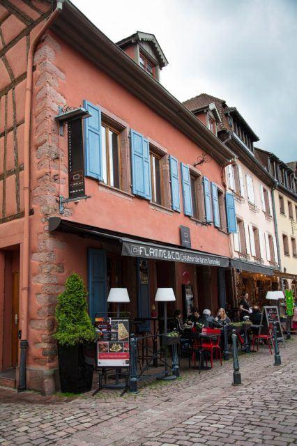 An Alsatian restaurant serving traditional and modern Flammkuechen.