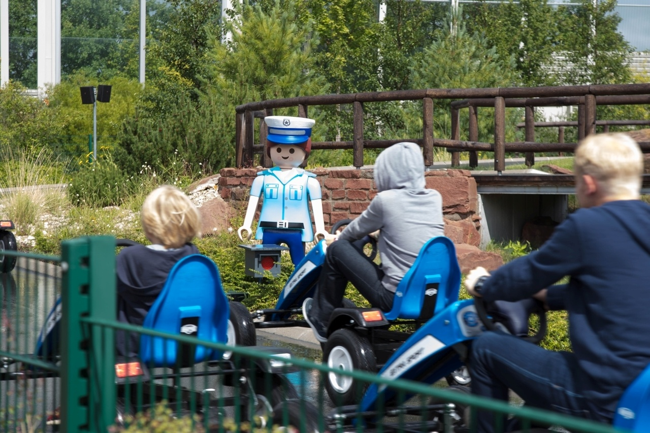 Playmobil policemen still don't let you break the traffic rules in Nuremberg.