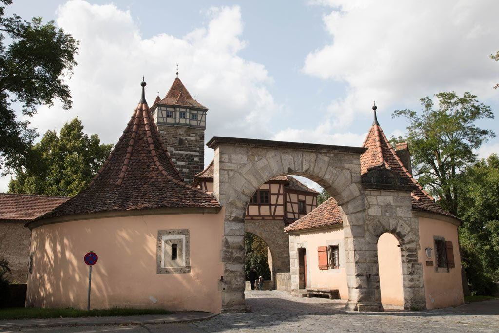 One of the many gatehouses in Rothenburg.