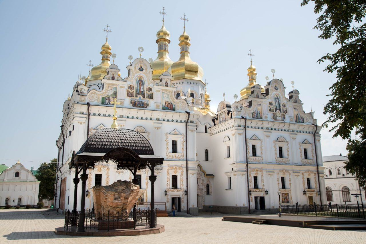 The gorgeous gold and silver icons and colorful frescoes found throughout Kyiv Pechersk Lavra