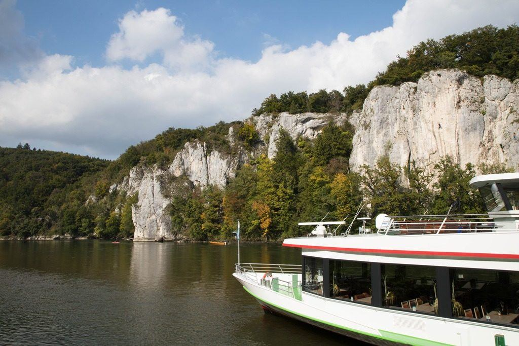 Limestone Cliffs of the Danube River are the number one things to do on your way to Kloster Weltenburg.