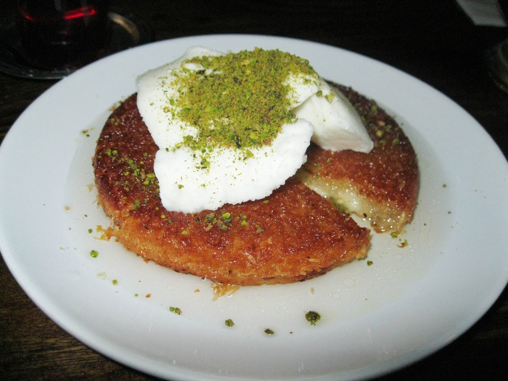 Not sure what to eat in Turkey? Try this! It's Kunefe - a Turkish dessert.