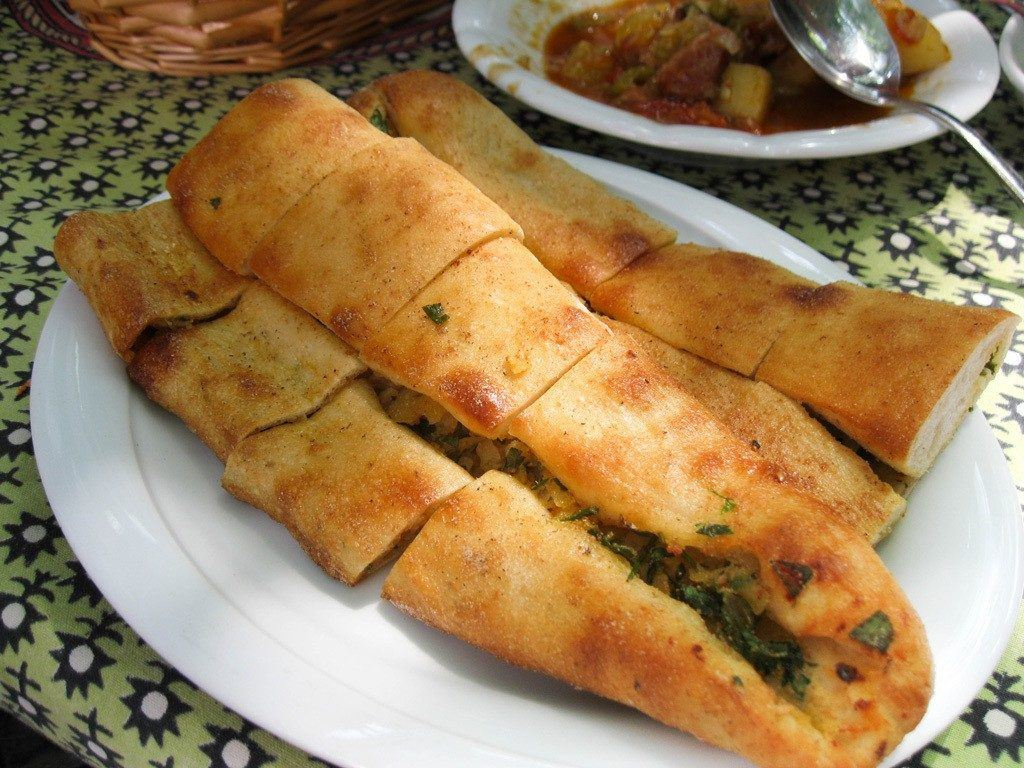 Not ruse what to eat in Turkey? Try Turkish Pide.