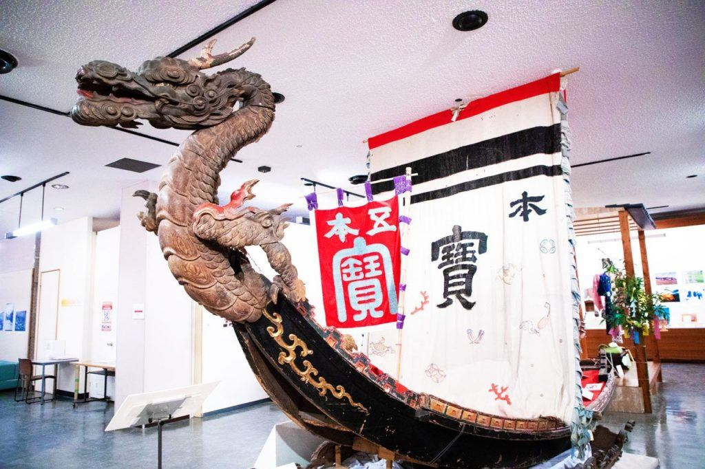 Dragon boat in Matsumoto City Museum.