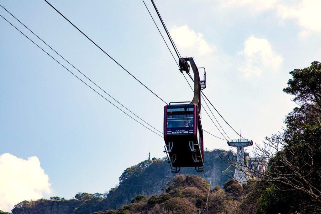 Car heading up on the Nokogiriyama Ropeway.