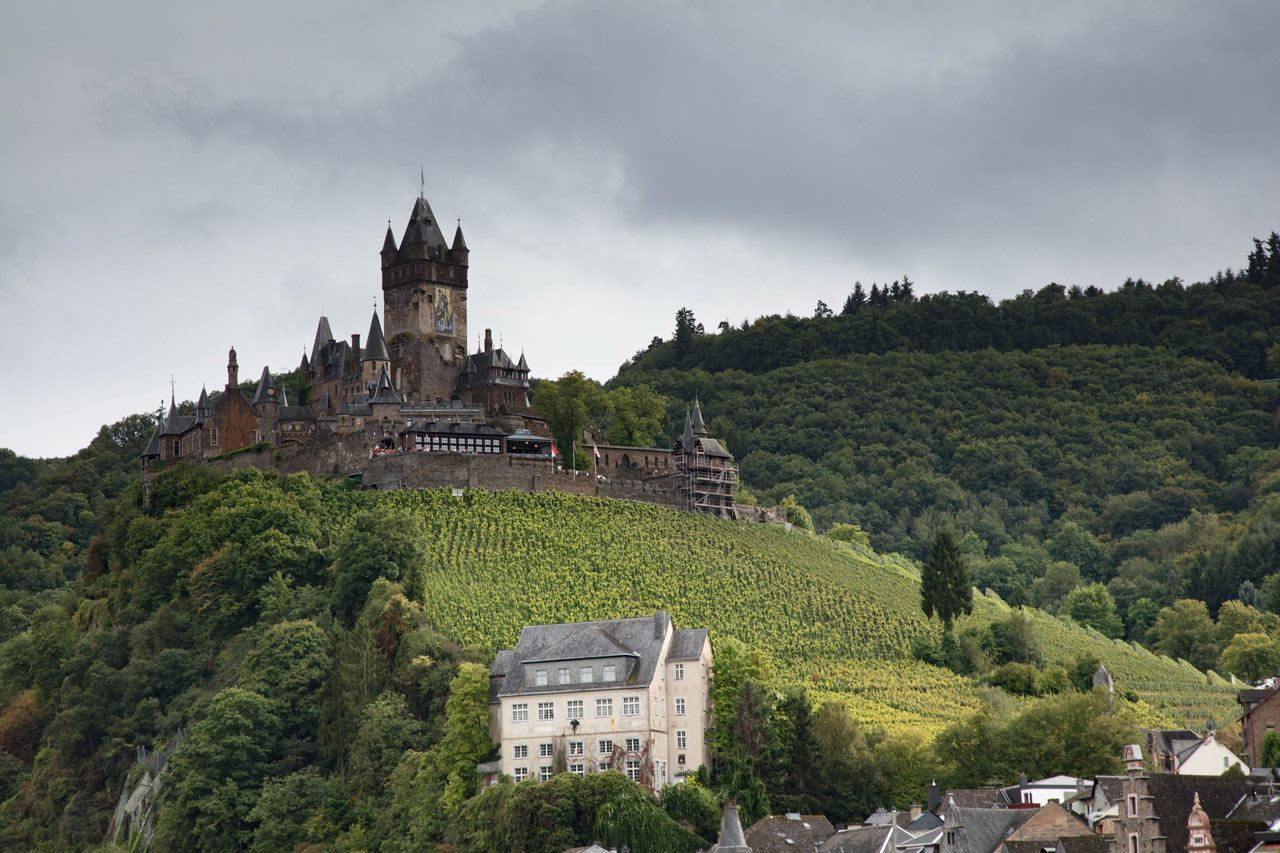 Things to do aorund the Mosel River - Cochem Castle
