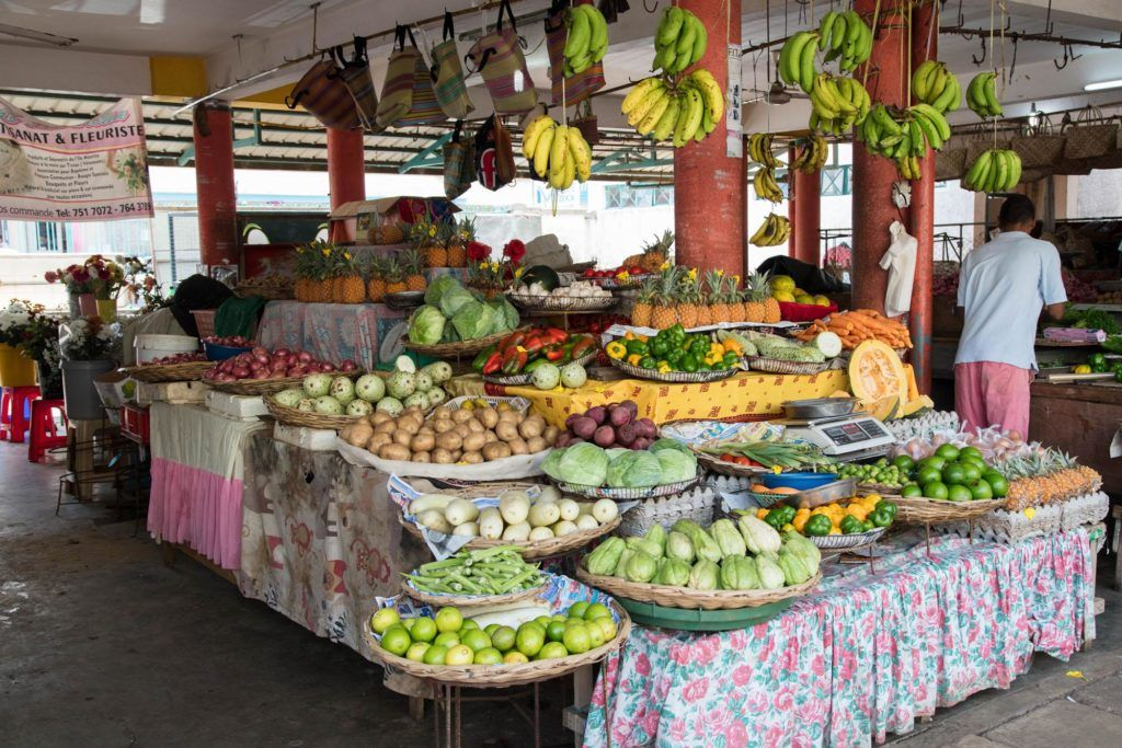 Fruit and vegetable stand at the Mahébourg market.