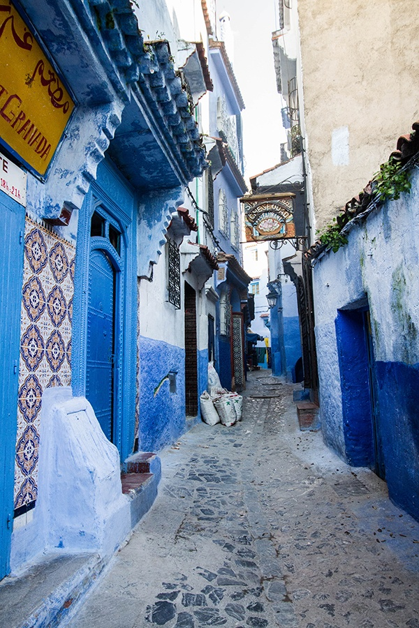 One of the many blue passageways in Chefchaouen.