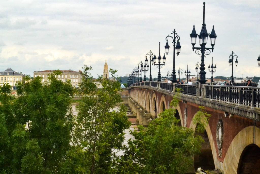 Pont de Pierre in Bordeaux.